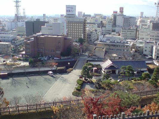 南側の遊亀橋.jpg